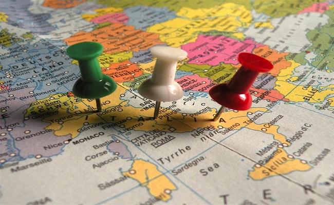 cartina geografica con l'italia